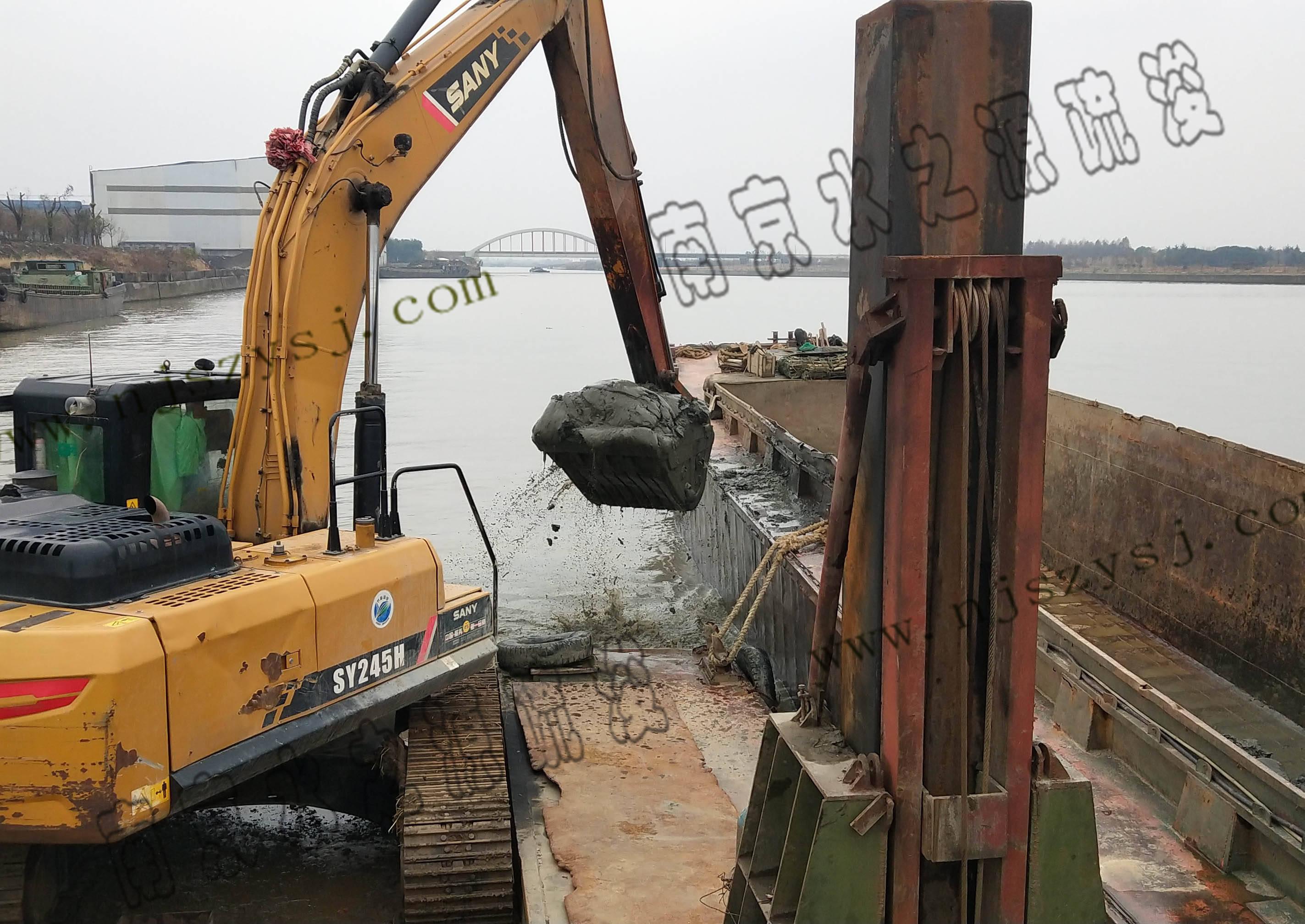 中化石油无锡码头疏浚工程案例
