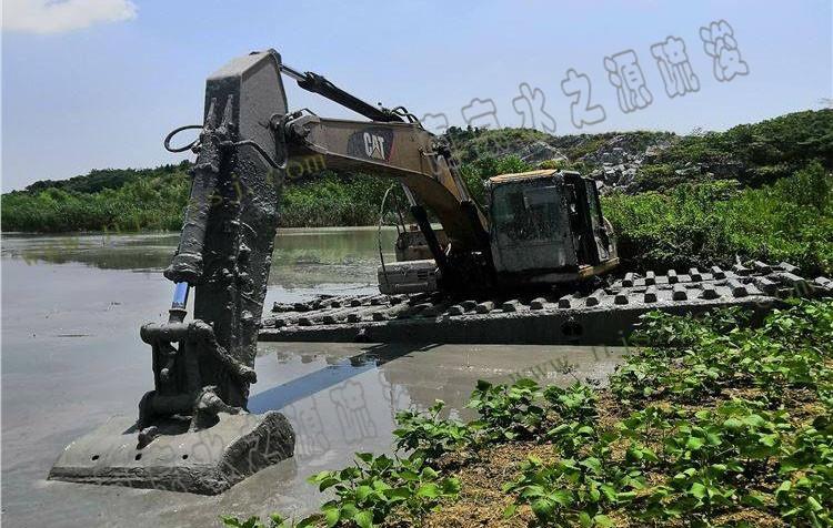 水挖机疏浚
