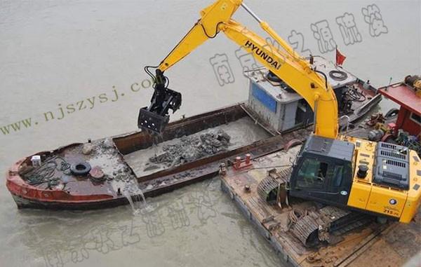 挖机抓斗船疏浚